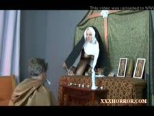جنس راهبات مع الفاتيكان