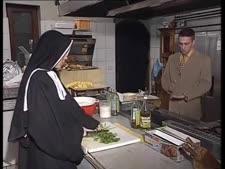 سكس راهبات في الدير نار